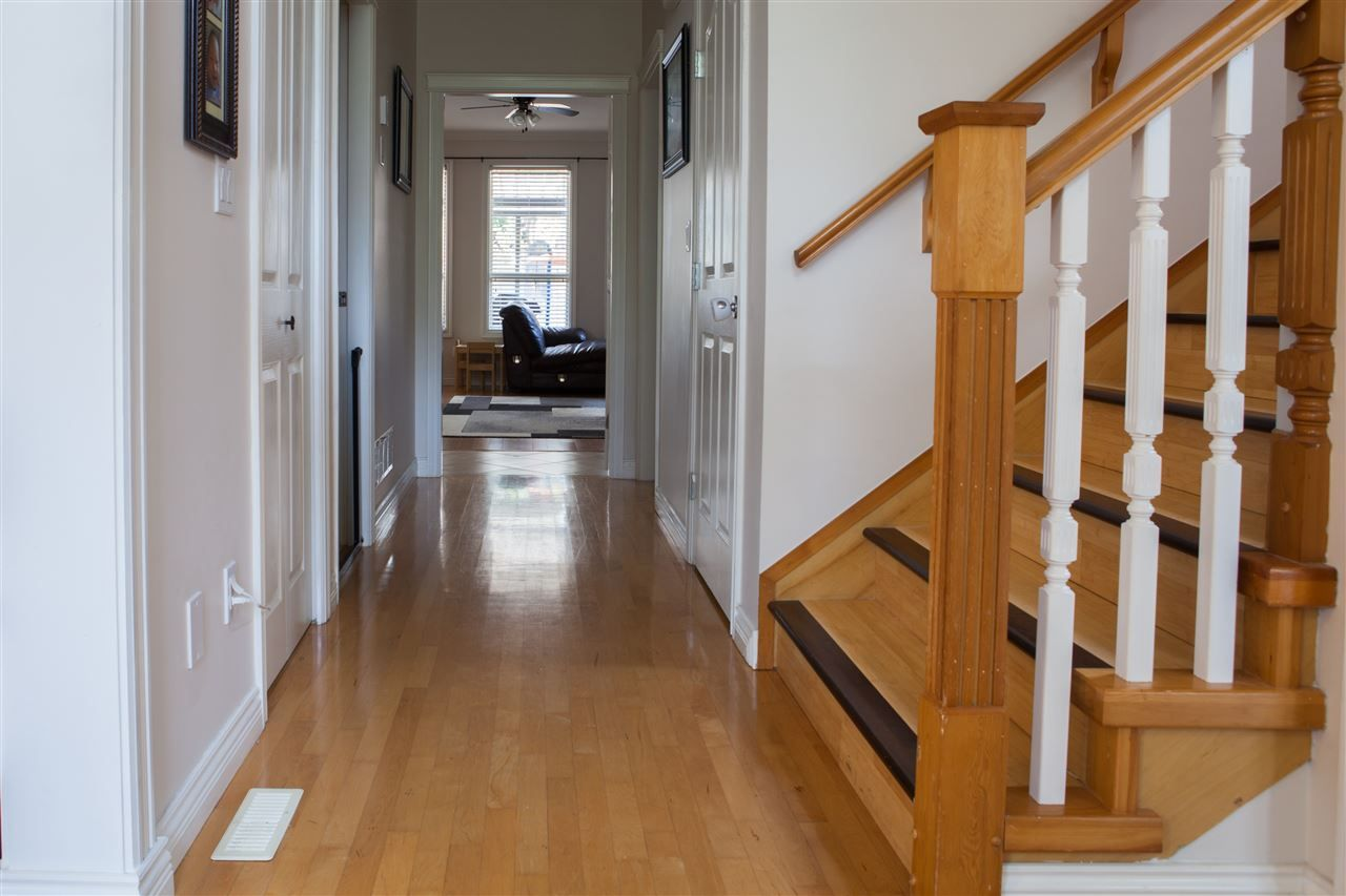 Photo 5: Photos: 10549 170A Street in Surrey: Fraser Heights House for sale (North Surrey)  : MLS®# R2195110