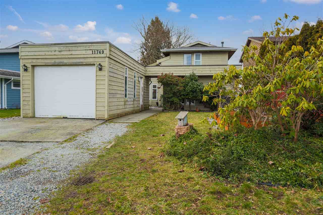 Main Photo: 11749 190TH Street in Pitt Meadows: Central Meadows House for sale : MLS®# R2533608