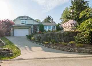 "Photo 1: 36029 VILLAGE Knoll in Abbotsford: Abbotsford East House for sale in ""Mountain Village"" : MLS®# R2062189"