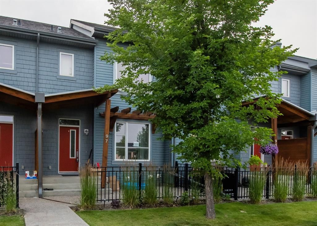 Main Photo: 97 Chapalina Square SE in Calgary: Chaparral Row/Townhouse for sale : MLS®# A1133507