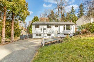 Photo 2: 7856 141B Street in Surrey: Bear Creek Green Timbers House for sale : MLS®# R2536971