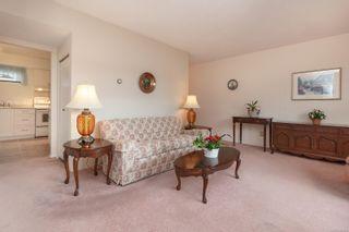 Photo 2: 3 3211 Shelley St in : SE Cedar Hill Row/Townhouse for sale (Saanich East)  : MLS®# 867225
