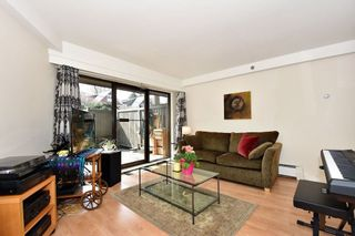 """Photo 4: 204 1549 KITCHENER Street in Vancouver: Grandview VE Condo for sale in """"Dharma Digs"""" (Vancouver East)  : MLS®# R2251865"""