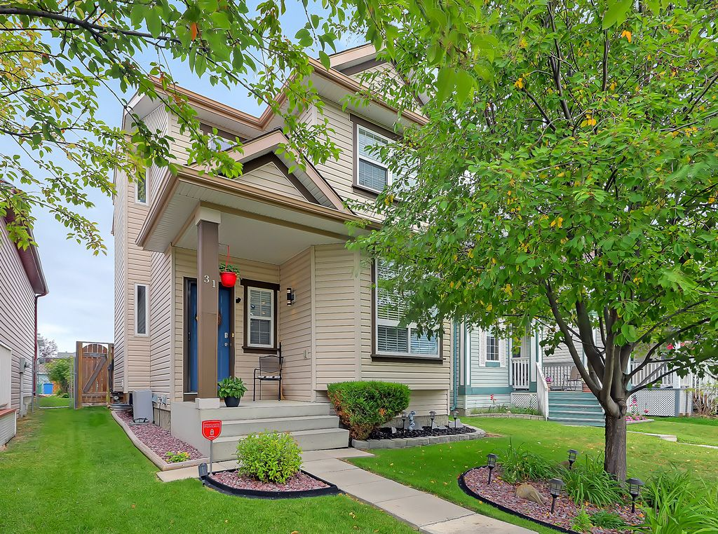Main Photo: 31 Coventry View NE in Calgary: Coventry Hills Detached for sale : MLS®# A1145160