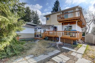 Photo 3: 64 Canyon Drive NW in Calgary: Collingwood Detached for sale : MLS®# A1091957