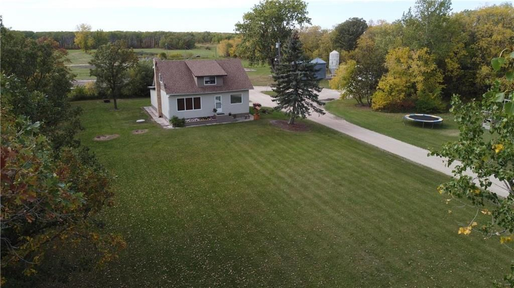 Main Photo: 33058 216 Highway South in Kleefeld: R16 Residential for sale : MLS®# 202124082
