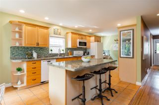 Photo 5: 334 E 16TH STREET in North Vancouver: Central Lonsdale House for sale : MLS®# R2317039