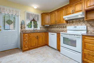 Photo 10: 2153 Anna Pl in : CV Courtenay East House for sale (Comox Valley)  : MLS®# 882703