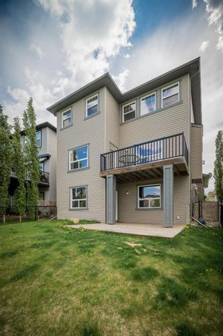 Photo 7: 74 Rockyspring Circle NW in Calgary: Rocky Ridge Detached for sale : MLS®# A1131271