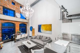 Photo 2: 306 27 ALEXANDER Street in Vancouver: Downtown VE Condo for sale (Vancouver East)  : MLS®# R2527817