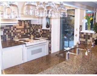 """Photo 8: 1388 W 6TH Ave in Vancouver: Fairview VW Condo for sale in """"NOTTINGHAM"""" (Vancouver West)  : MLS®# V633264"""