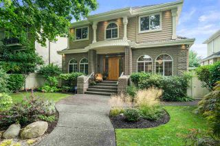 Photo 2: 6006 ELM Street in Vancouver: Kerrisdale House for sale (Vancouver West)  : MLS®# R2499893