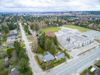 Photo 3: 1634 157 Street in Surrey: King George Corridor House for sale (South Surrey White Rock)  : MLS®# R2249591