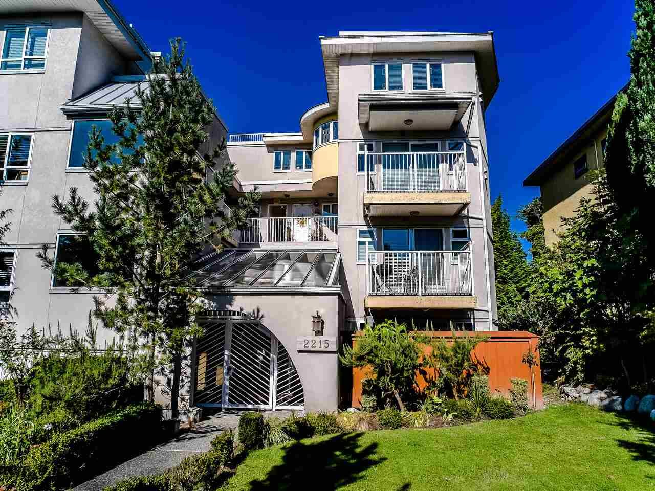 Main Photo: 101 2215 MCGILL Street in Vancouver: Hastings Condo for sale (Vancouver East)  : MLS®# R2507038