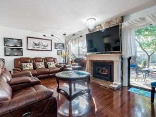 """Photo 7: 12 3015 TRETHEWEY Street in Abbotsford: Abbotsford West Townhouse for sale in """"Birch Grove Terrace"""" : MLS®# R2615766"""
