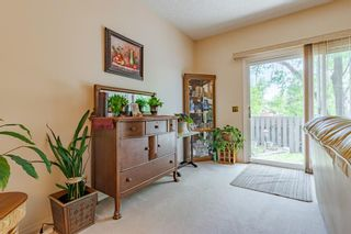 Photo 17: 166 Glamis Terrace SW in Calgary: Glamorgan Row/Townhouse for sale : MLS®# A1119592