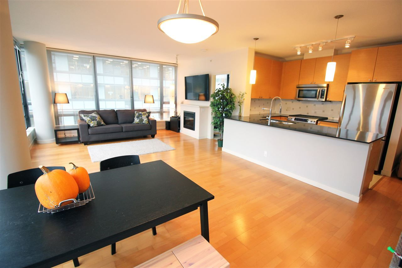 Main Photo: 408 400 CAPILANO ROAD in : Port Moody Centre Condo for sale : MLS®# R2119121