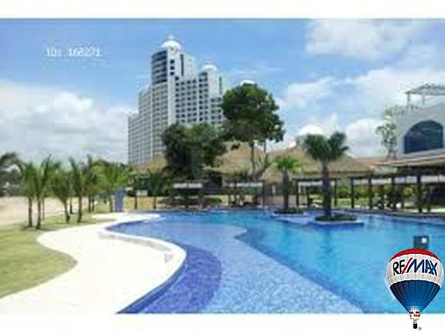 Panama Luxury Real Estate - Casa Bonita - Pool view