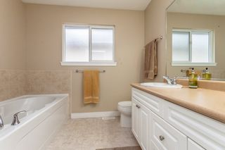Photo 10: 16779 61 Street in Surrey: Cloverdale BC House for sale (Cloverdale)  : MLS®# R2124181