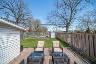 Photo 36: 157 South Woodrow Boulevard in Toronto: Birchcliffe-Cliffside House (Bungalow) for sale (Toronto E06)  : MLS®# E5218535