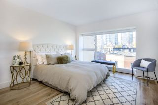 """Photo 9: 903 238 ALVIN NAROD Mews in Vancouver: Yaletown Condo for sale in """"Pacific Plaza"""" (Vancouver West)  : MLS®# R2345160"""