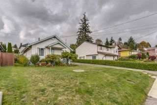 Photo 2: 219 BLACKMAN STREET in New Westminster: GlenBrooke North House for sale : MLS®# R2511037
