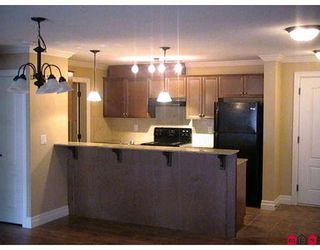 """Photo 2: 201 45753 STEVENSON Road in Sardis: Sardis East Vedder Rd Condo for sale in """"PARK PLACE II"""" : MLS®# H2804541"""