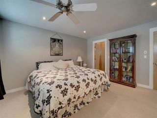 """Photo 25: 6498 WILDFLOWER Place in Sechelt: Sechelt District Townhouse for sale in """"Wakefield Beach - Second Wave"""" (Sunshine Coast)  : MLS®# R2589812"""