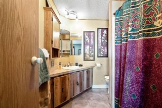 Photo 12: 301 Burroughs Circle NE in Calgary: Monterey Park Mobile for sale : MLS®# A1070742