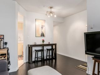 """Photo 3: 2307 ALDER Street in Vancouver: Fairview VW Townhouse for sale in """"ALDERWOOD PLACE"""" (Vancouver West)  : MLS®# V1124045"""