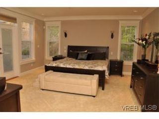 Photo 7: 2196 Nicklaus Dr in VICTORIA: La Bear Mountain House for sale (Langford)  : MLS®# 552756