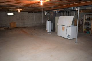 Photo 11: 35 Bryn Mawr Road in Winnipeg: Fort Richmond Single Family Detached for sale (1K)  : MLS®# 1805532