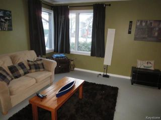 Photo 2: 630 Cambridge Street in Winnipeg: River Heights Residential for sale (1D)  : MLS®# 1800892