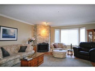 """Photo 2: 31 12268 189A Street in Pitt Meadows: Central Meadows Townhouse for sale in """"MEADOW LANE ESATES"""" : MLS®# V1094613"""
