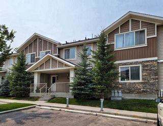 Main Photo: 909 250 SAGE VALLEY Road NW in Calgary: Sage Hill Row/Townhouse for sale : MLS®# A1134222