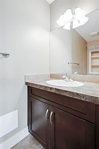 Photo 4: 301 3704 15A Street SW in Calgary: Altadore Apartment for sale : MLS®# A1153007