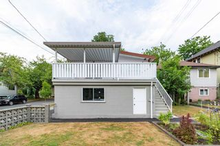 Photo 5: 1516 SEMLIN Drive in Vancouver: Grandview Woodland House for sale (Vancouver East)  : MLS®# R2607064