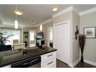 "Photo 7: 104 20630 DOUGLAS Crescent in Langley: Langley City Condo for sale in ""Blu"" : MLS®# F1406027"