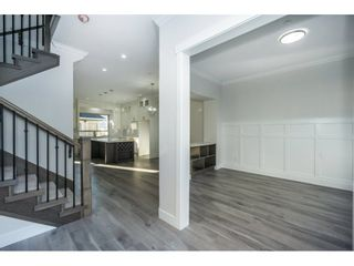 Photo 2: 36044 EMILY CARR Green in Abbotsford: Abbotsford East House for sale : MLS®# R2223453