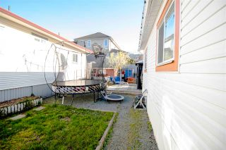 """Photo 15: 9 44565 MONTE VISTA Drive in Chilliwack: Sardis West Vedder Rd Manufactured Home for sale in """"Mountainview Park"""" (Sardis)  : MLS®# R2571251"""