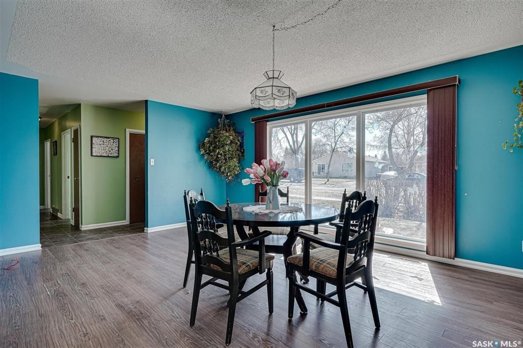 Photo 6: Photos: 105 2nd Street East in Langham: Residential for sale : MLS®# SK849707