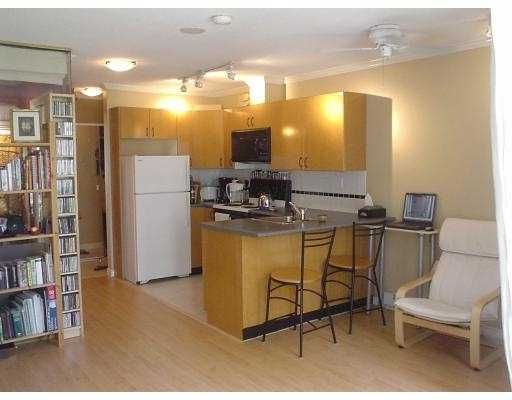 "Main Photo: 510 939 HOMER ST in Vancouver: Downtown VW Condo for sale in ""THE PINNACLE"" (Vancouver West)  : MLS®# V558650"