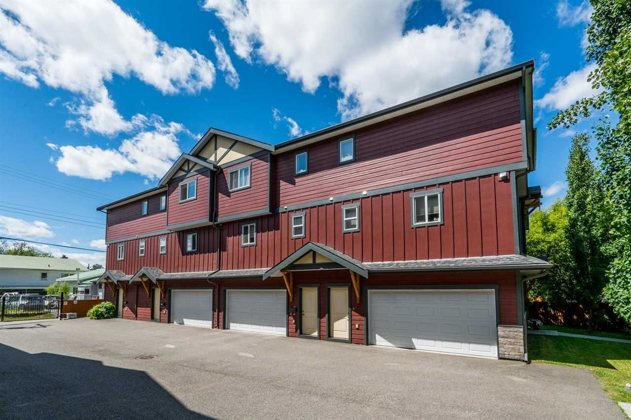 Main Photo: 107 1699 7TH AVENUE Avenue in Prince George: Crescents Townhouse for sale (PG City Central (Zone 72))  : MLS®# R2466260