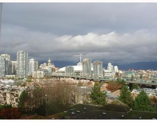 Photo 2: 810 518 MOBERLY Road in Vancouver: Cambie Condo for sale (Vancouver West)  : MLS®# V806799