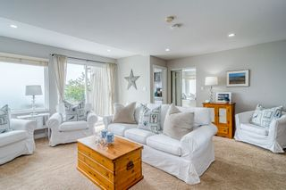 """Photo 11: 14616 WEST BEACH Avenue: White Rock House for sale in """"WHITE ROCK"""" (South Surrey White Rock)  : MLS®# R2408547"""