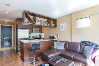 """Photo 3: 304 1001 RICHARDS Street in Vancouver: Downtown VW Condo for sale in """"MIRO"""" (Vancouver West)  : MLS®# R2326363"""