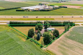 Photo 1: 39039 NORTH PARALLEL Road in Abbotsford: Sumas Prairie House for sale : MLS®# R2602841