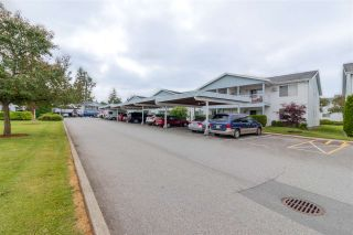 """Photo 2: 68 32691 GARIBALDI Drive in Abbotsford: Abbotsford West Townhouse for sale in """"CARRIAGE LANE"""" : MLS®# R2408776"""