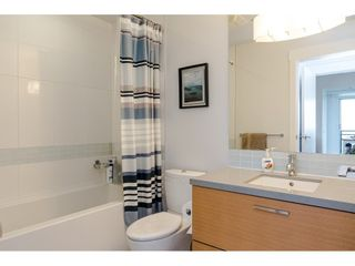 """Photo 14: 2504 10777 UNIVERSITY Drive in Surrey: Whalley Condo for sale in """"City Point"""" (North Surrey)  : MLS®# R2539376"""