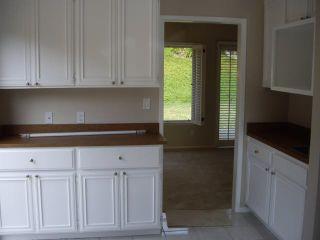 Photo 5: LAKE SAN MARCOS House for sale : 2 bedrooms : 1118 Calle De Los Serranos in San Marcos